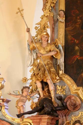 Archanděl Michael vítězí nad Satanem