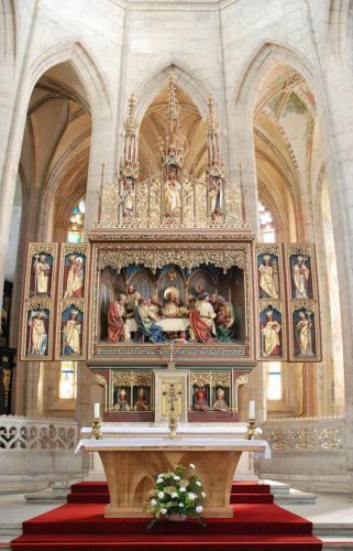 hlavní oltář s motivem Poslední večeře