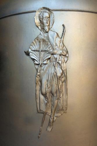 Patron kostela a farnosti svatý Jakub na novém zvonu (plastika od Jaroslava Hylase)